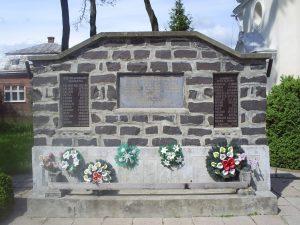 2. ábra. Az I. és a II. világháborúban elesettek tiszteletére állított emlékmű